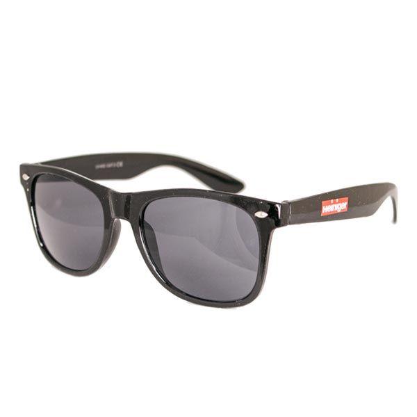 Стильные солнцезащитные очки Heiniger